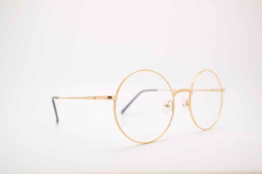 gold frame eyeglasses